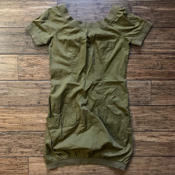French Connection Dresses & Skirts - Olive Drab Short Sleeve Casual Pocket Dress